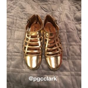 Qupid Gold Oliver Shoes (Brand New)